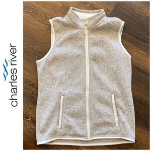 NEW Charles River vest oatmeal color never worn